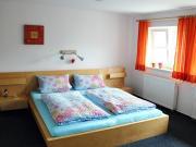 Moderne Schlafräume<br>mit je 2 Betten