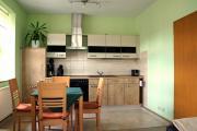 Wohnung 1- Wohnraum mit Küchenzeile und Essplatz