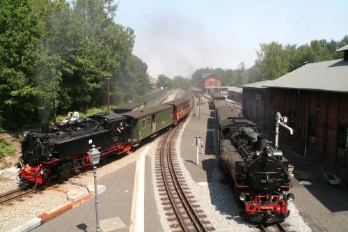 Doppelausfahrt Bahnhof Bertsdorf