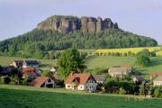 Haus mit Blick zum Pfaffenstein