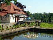 oberer Burghof mit Burgteich